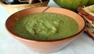 It looks like Salsa Verde or Guacamole, but it's lettuce based!